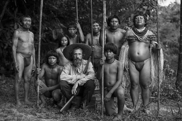 EMBRACE_OF_THE_SERPENT_explorer_and_tribe